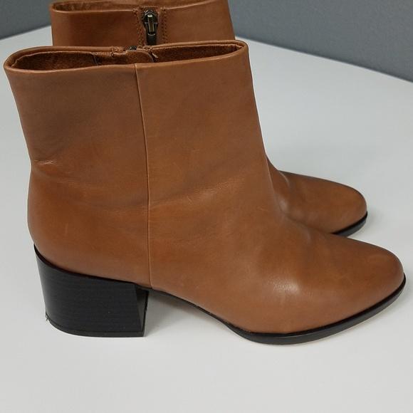 7ebad83fd9fd7e Sam Edelman Joey Booties Ankle Boot Block Heel 9.5.  M 5b49f488f63eea1bef89e446